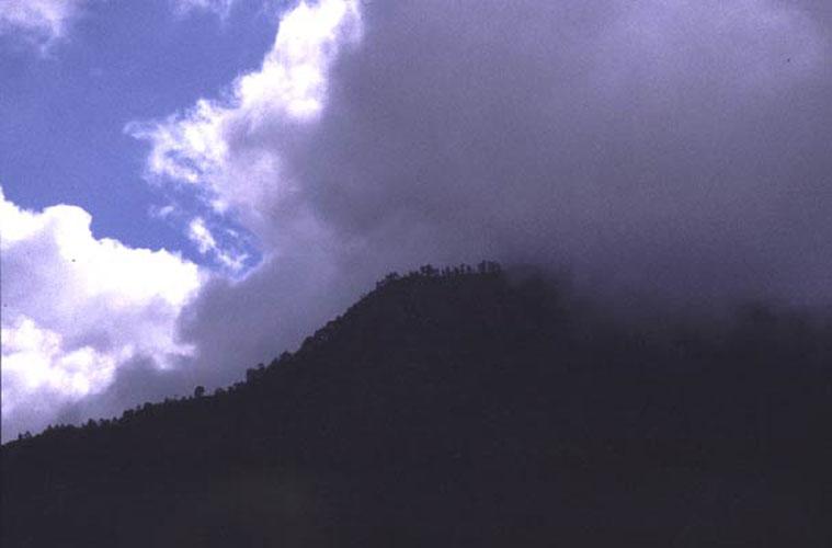 ecard 1015-bergkam-met-wolk