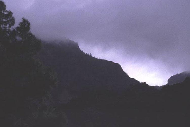 ecard 1020-bergkam-met-wolk-2